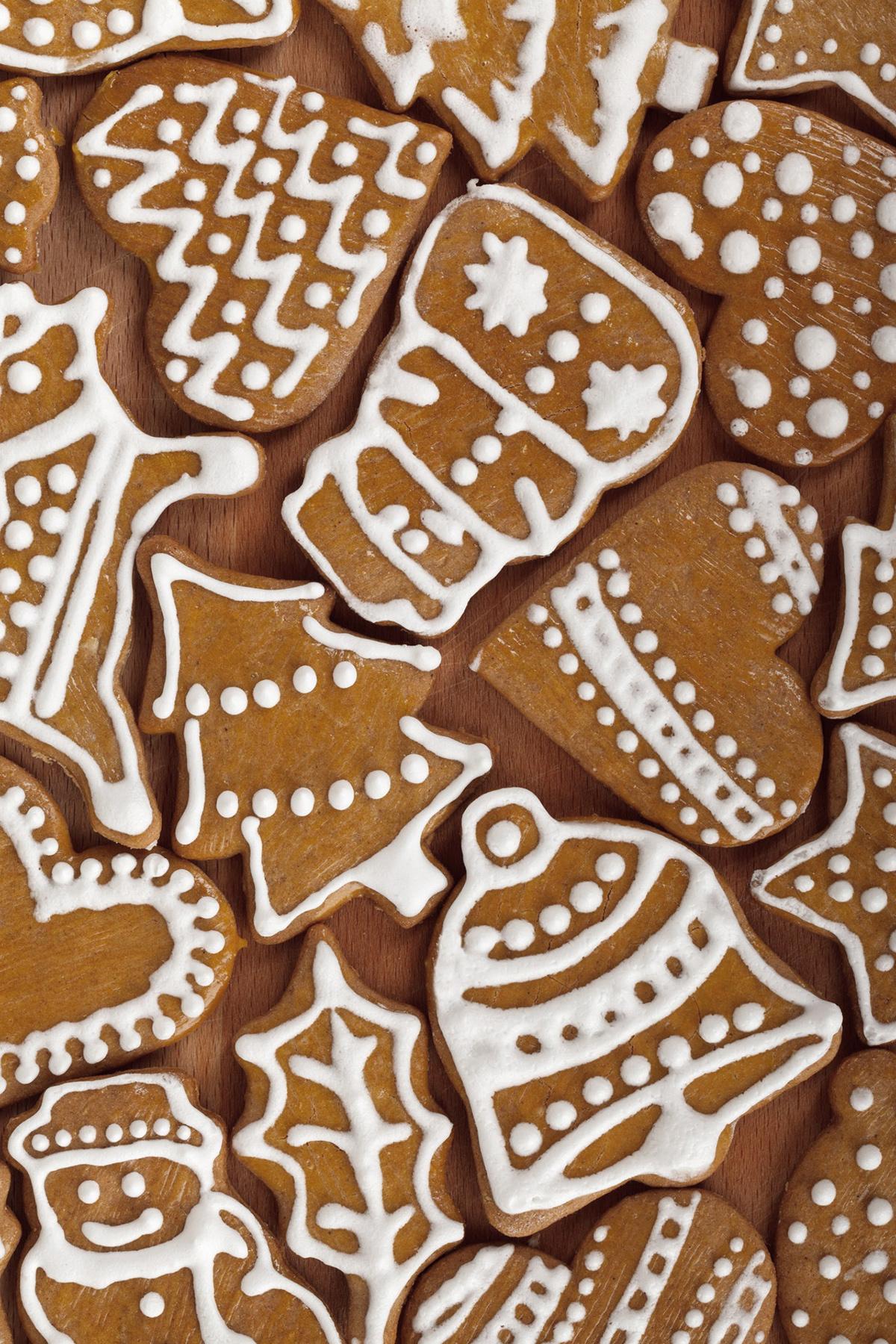 Świąteczne pierniczki z lukrem